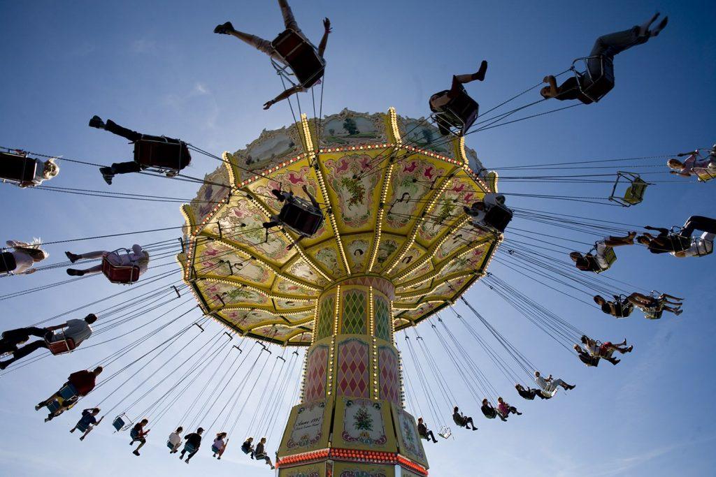 Carousel_at_Grona_Lund_photo-Yanan_Li_High-res
