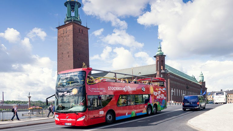 Red-Buses-stockholm-3-0x0