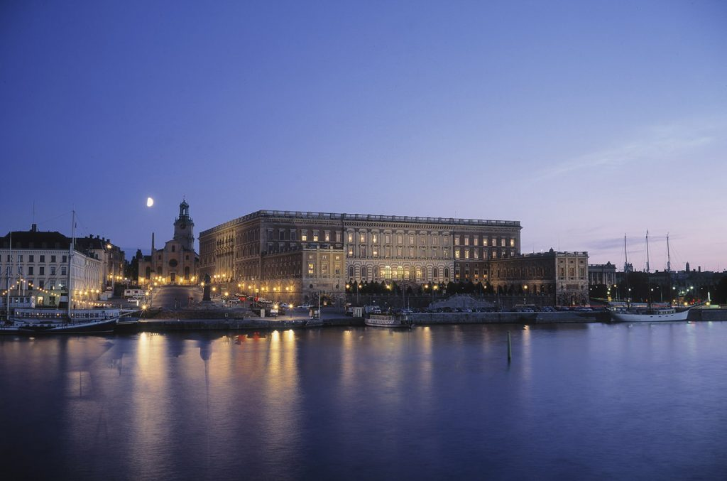 The_Stockholm_Castle_sea_View_evening_Photo_-Jeppe-Wikstrom_High-res
