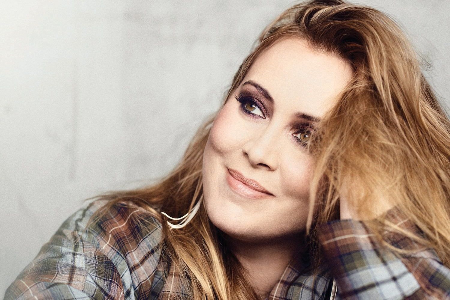 Eurovision The Netherlands Team Anouk Wins The Voice Of Holland